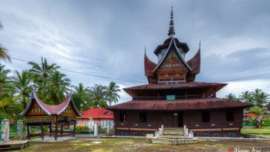 Photo of Wisata Religi: Keunikan Cagar Budaya Surau Lubuk Bauk sebagai Obyek Wisata Budaya