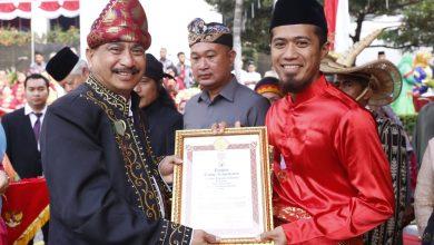 Photo of Ritno Kurniawan Wakili Sumbar Terima Satyalancana