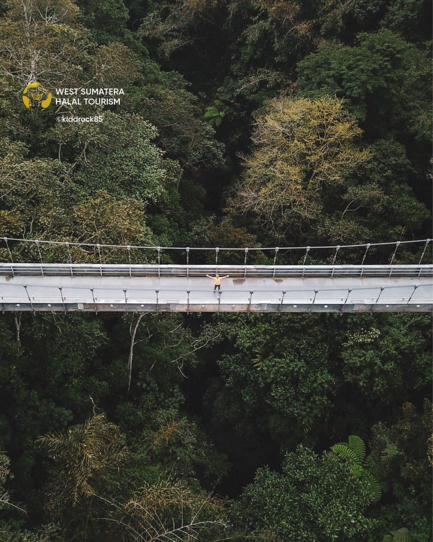 Jembatan Gantung Terpanjang di Sumatera Barat