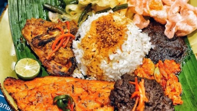 delicious nasi padang